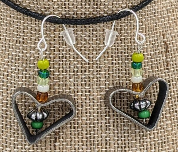 Disarm Hearts Earrings Green